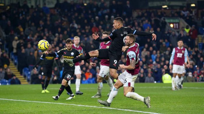 Manchester City menang 4-1 di markas Burnley. (Foto: Alex Livesey/Getty Images)