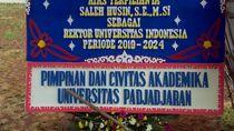 Waduh, Saleh Husin Diberi Karangan Bunga Selamat Jadi Rektor UI