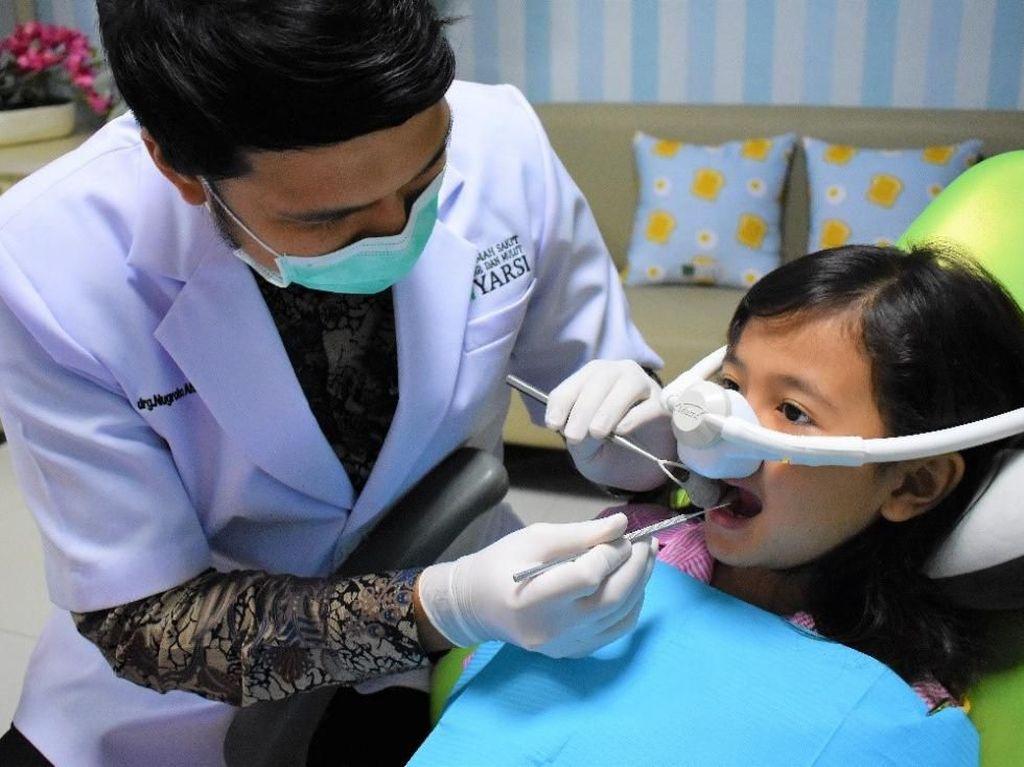 Rumah Sakit Ini Punya Cara Jitu Agar Anak Berani ke Dokter Gigi