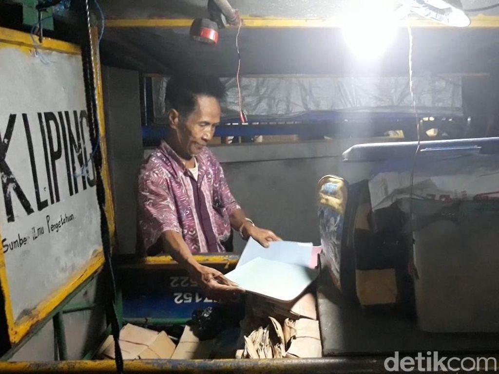 Harsoyo, Sarjana yang Banting Setir dari Perhutani dan Pilih Jual Kliping