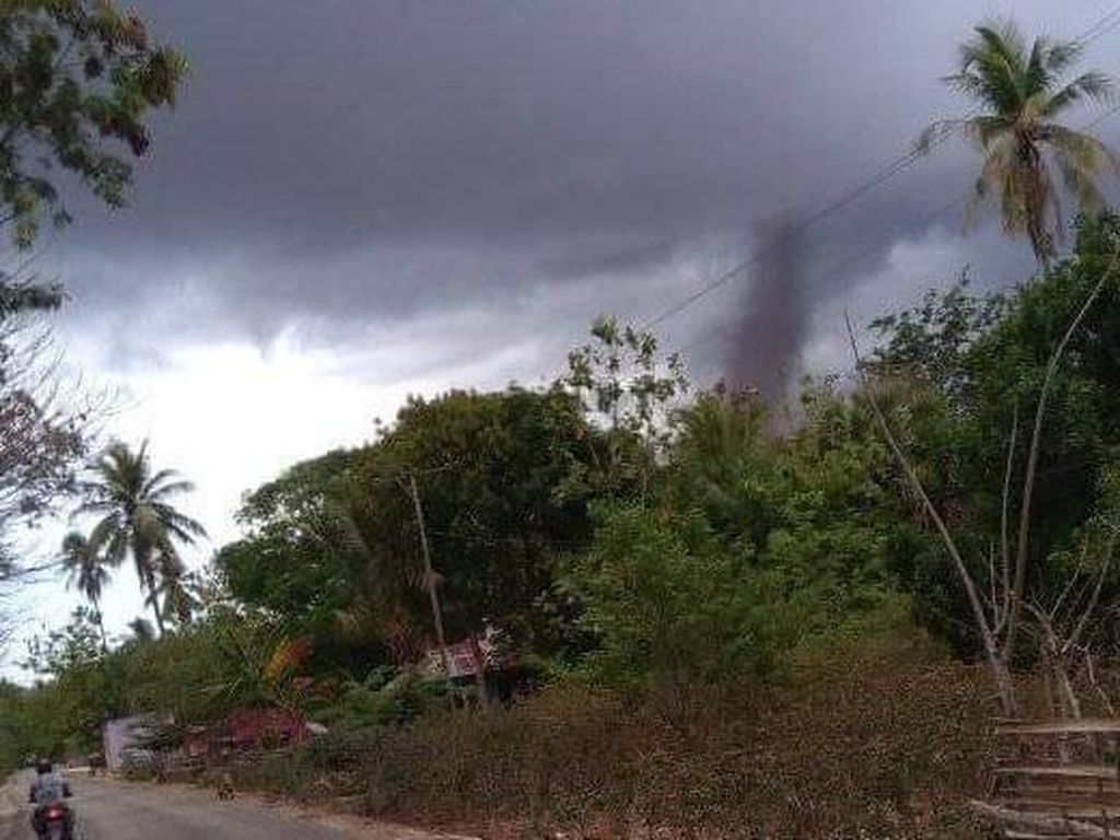 Puting Beliung Terjadi di Rote, 1 Orang Terluka-Rumah Rusak