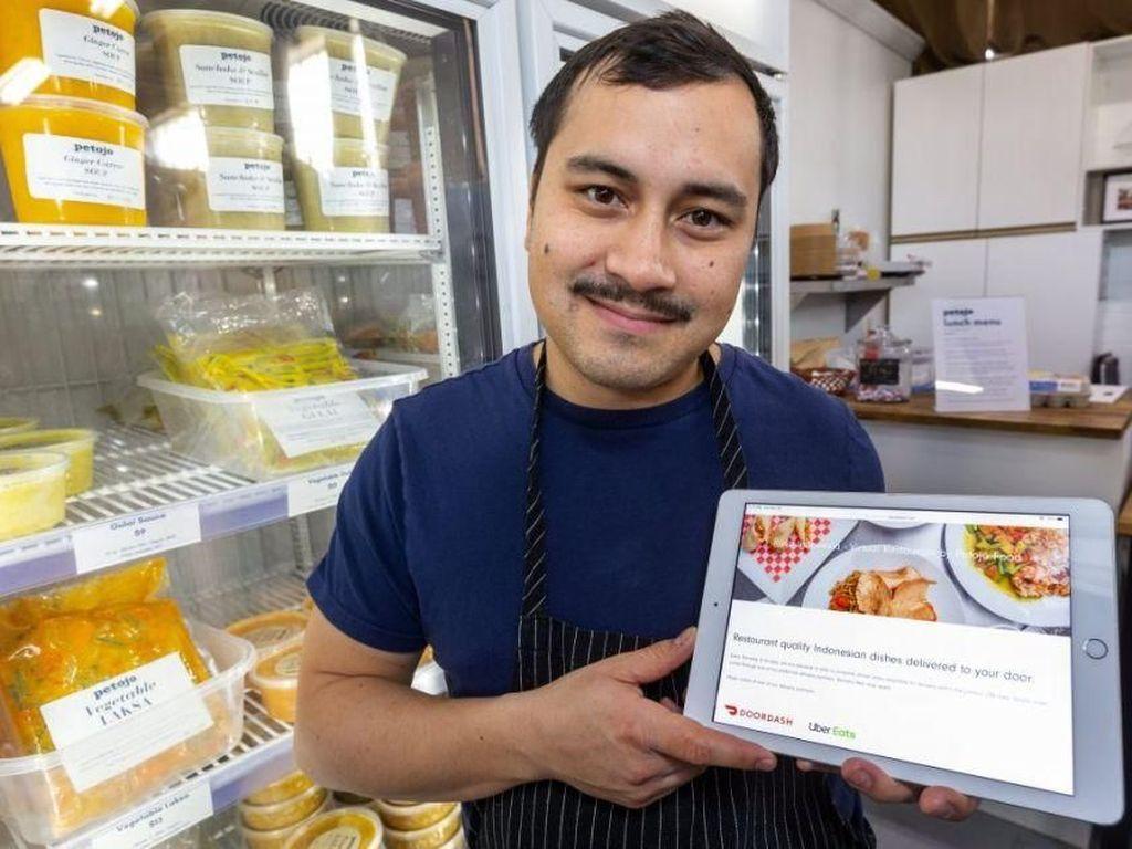 Keren! Restoran Indonesia Pertama di London Berkonsep Online
