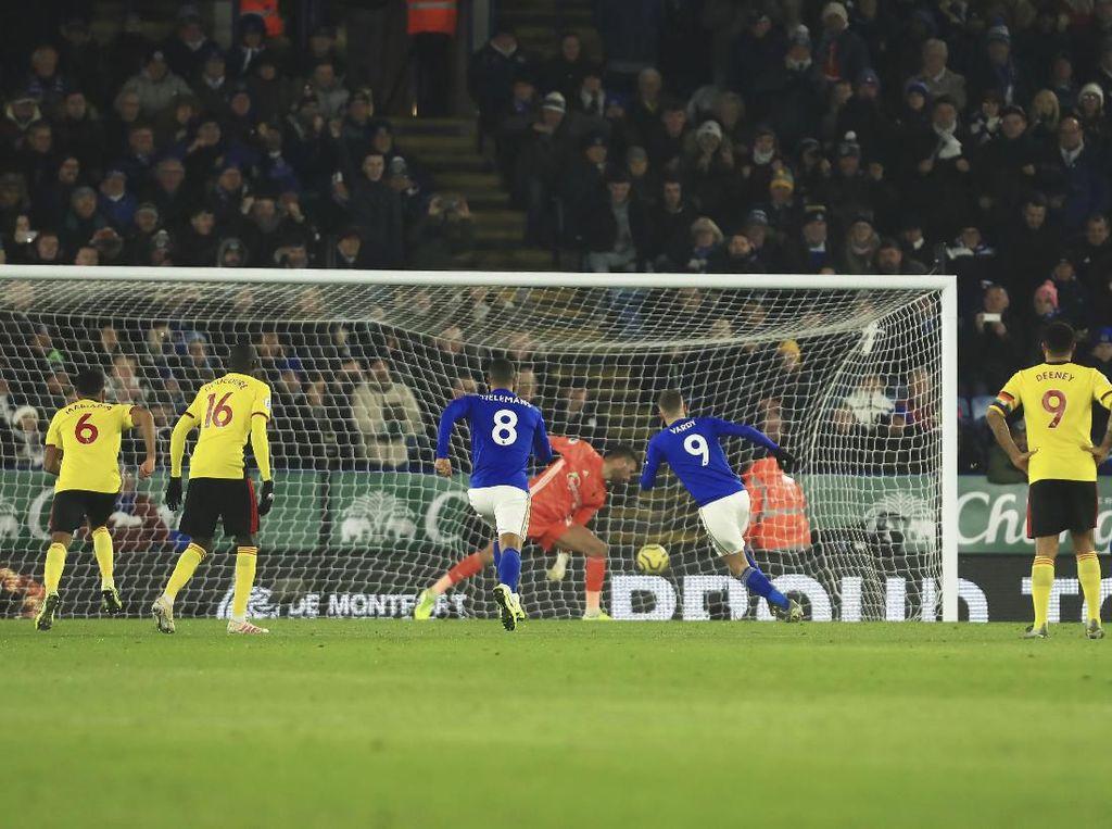 Atasi Watford, Leicester Geser Man City dari Posisi Kedua