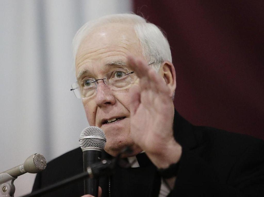 Dituduh Tutup-tutupi Pelecehan Seks Para Pastor, Uskup AS Mundur