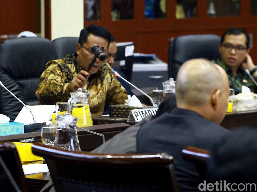 Komisi III DPR Buka Peluang Pasal Kekerasan Aparat Masuk RKUHP