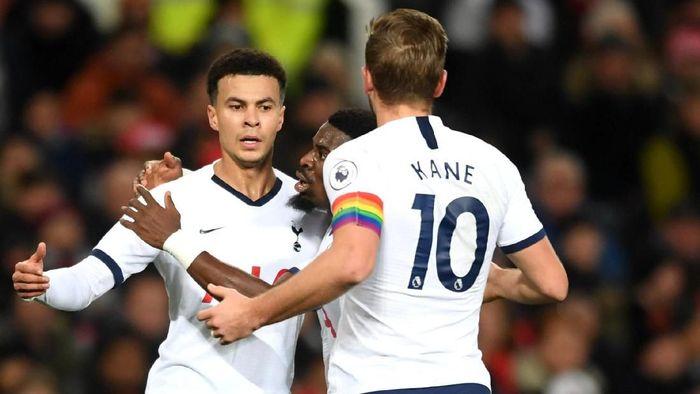 Tottenham Hotspur dikalahkan Manchester United 1-2 di Liga Inggris (Foto: Stu Forster/Getty Images)
