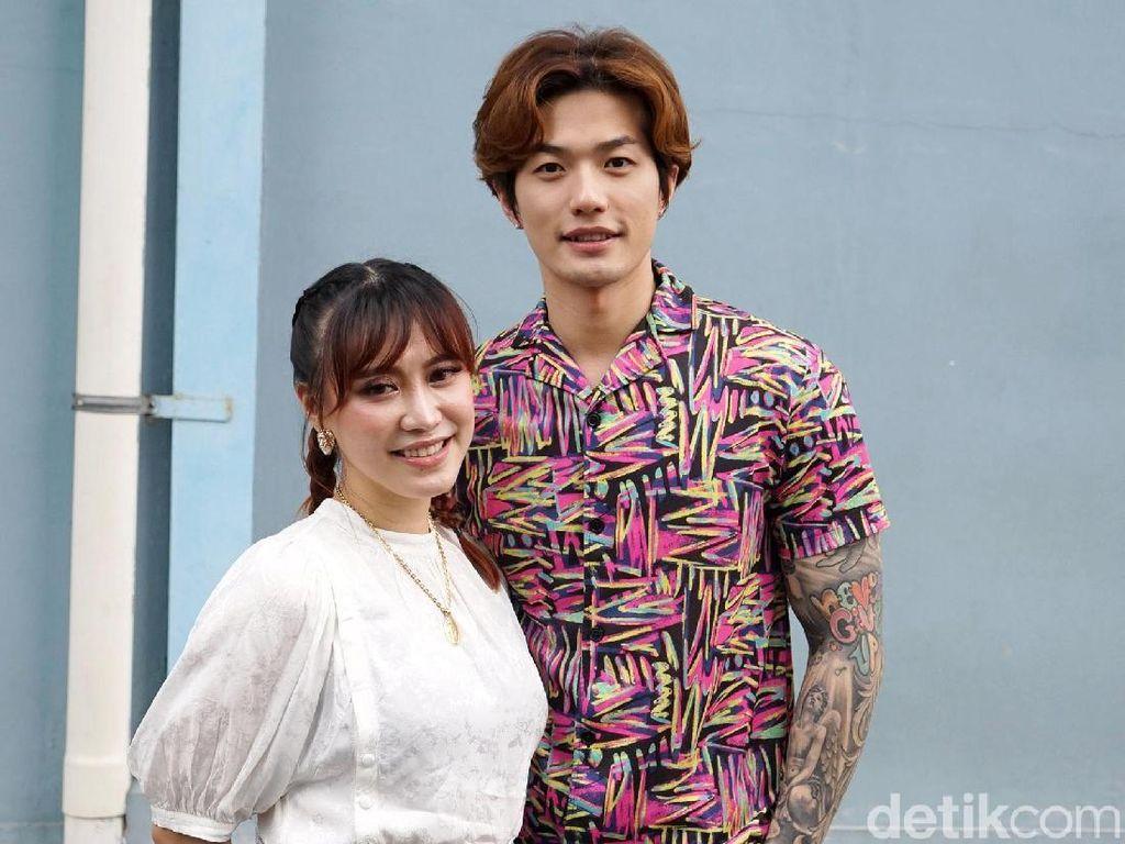 Lee Jeong Hoon dan Moa Pikir Hubungan Vicky Prasetyo dan Kalina Settingan
