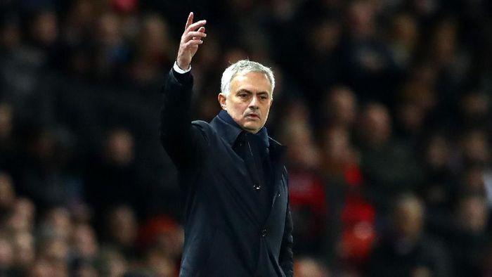 Jose Mourinho mengakui Manchester United main lebih baik ketimbang Tottenham Hotspur (Foto: Michael Steele/Getty Images)