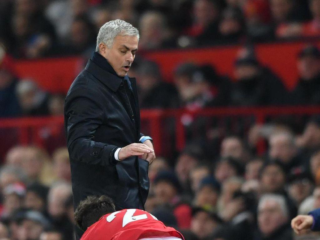 Detik-detik Mourinho Diseruduk Daniel James