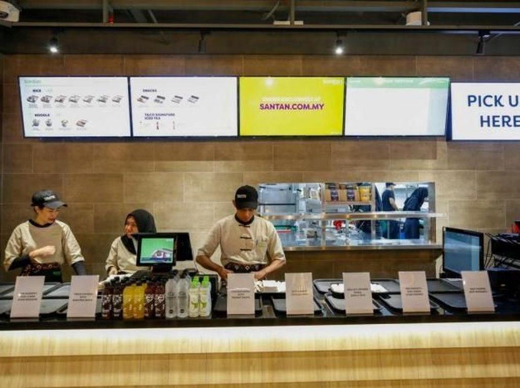 Maskapai Penerbangan Ini Buka Restoran Pertamanya dengan Menu Makanan Pesawat