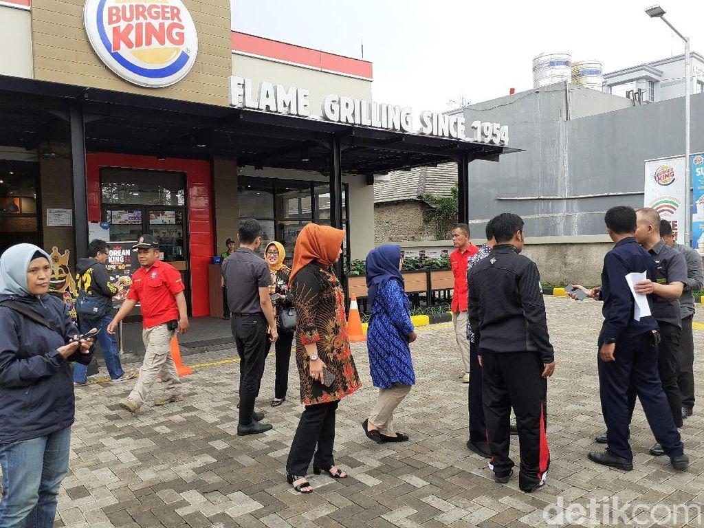 Disidak, Restoran Cepat Saji di Cimahi Tak Bisa Tunjukkan Perizinan
