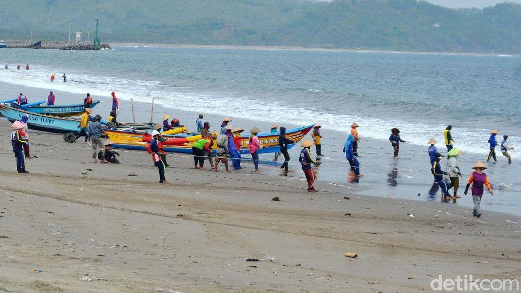 Jaring Ered, Daya Tarik Wisata Pantai Timur Pangandaran