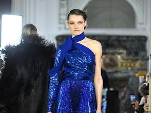 Classic Blue Makara Tren Warna 2020 Menurut Pantone