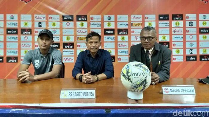 Pelatih Barito Putera, Djajang Nurjaman, mengakui tim asuhannya bermain jelek melawan Semen Padang. (Foto: Jeka Kampai/detikcom)