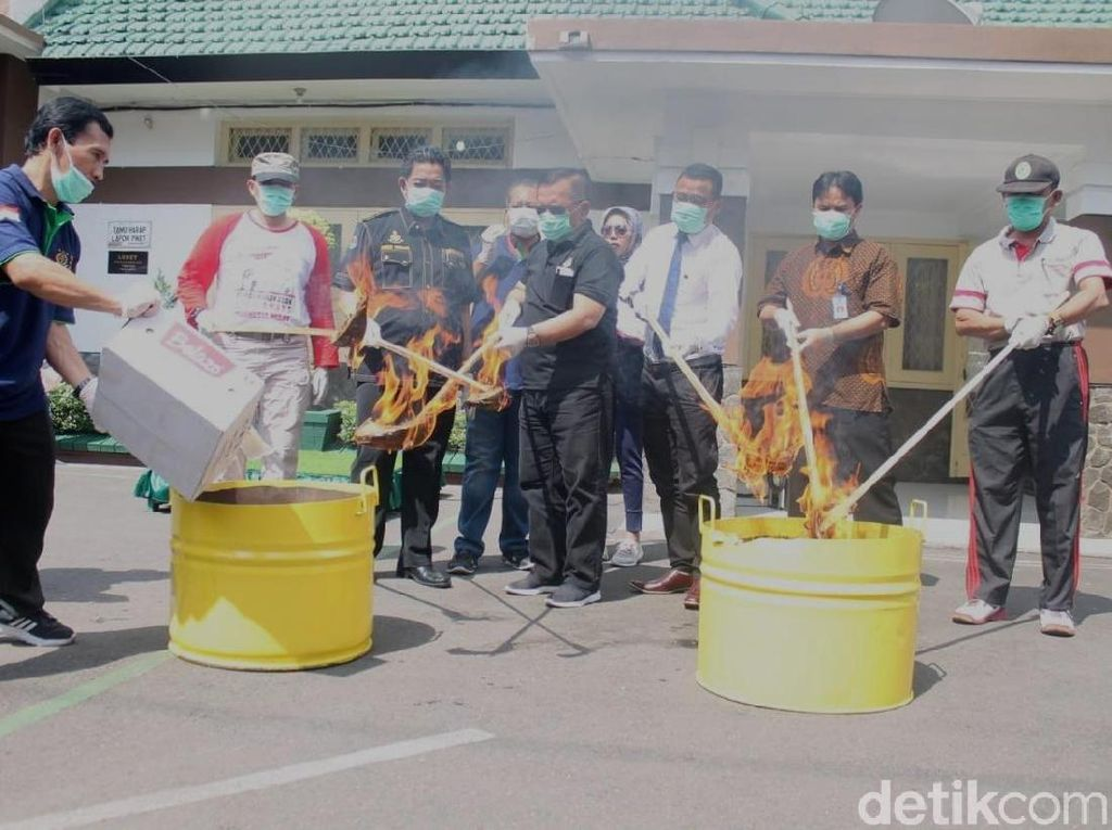 Narkoba Senilai Rp 1 Miliar Dimusnahkan di Jombang