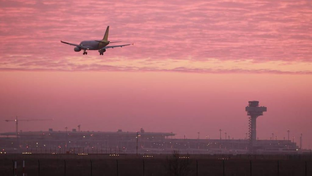 Potret Bandara Terkutuk dan Mangkrak Hampir Satu Dekade