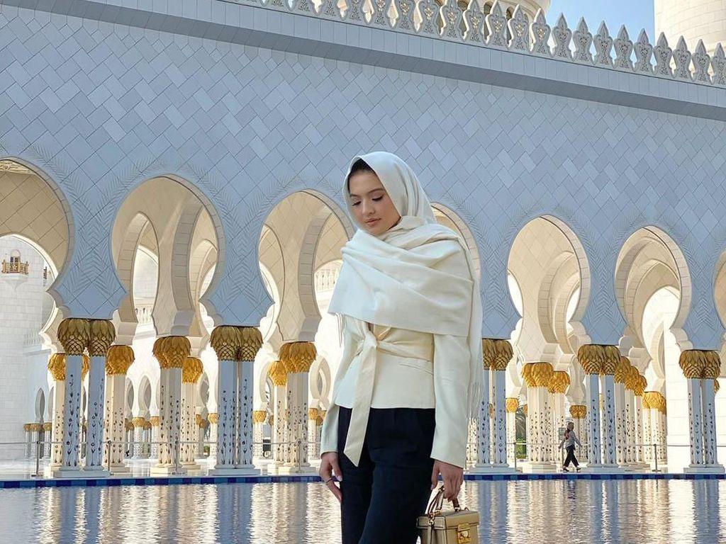Raline Shah Menyendiri di Bali untuk Makin Dekat dengan Tuhan