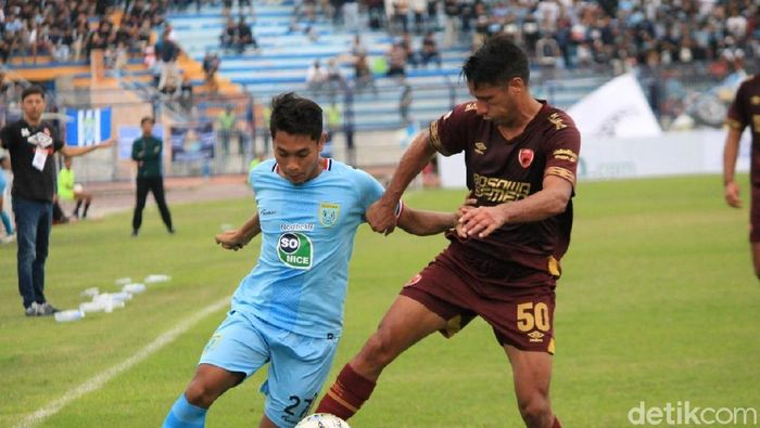 Persela Lamongan mengalahkan PSM Makassar 3-1 dalam lanjutan Liga 1 2019. (Foto: Eko Sudjarwo/detikSport)