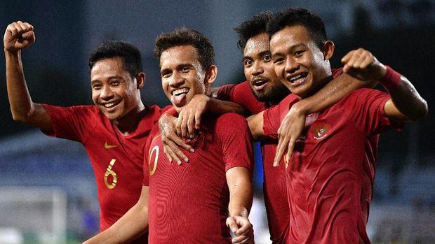 Para pemain Timnas Indonesia U-23 usai mengalahkan Myanmar di semifinal SEA Games 2019. (