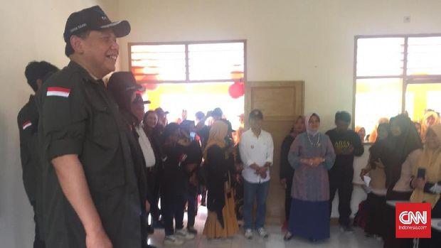Chairul Tanjung Resmikan 9 Sekolah dan 4 Rumah Ibadah di Daer