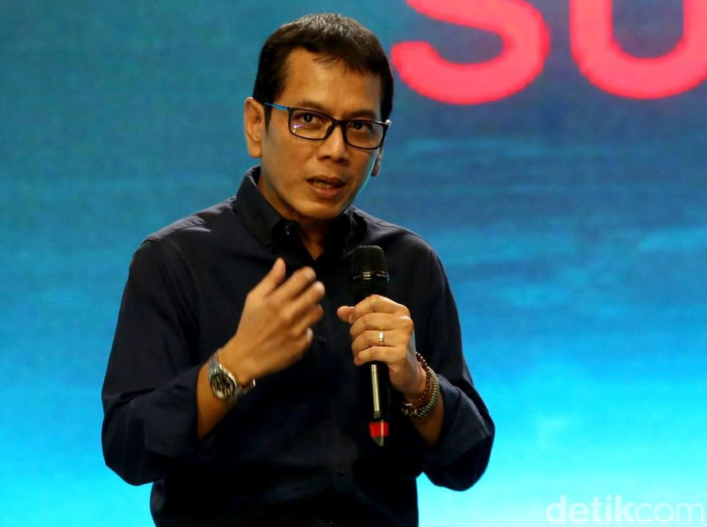 Gaya Wishnutama Saat Hadiri Telkomsel The Nextdev Summit 2019