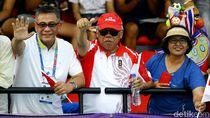 Asyiknya Menteri PUPR Saat Nonton Tenis Indonesia vs Thailand