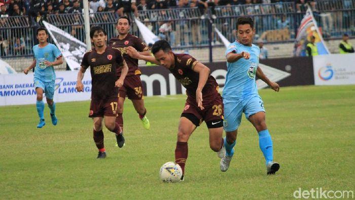 Persela Lamongan menang 3-1 atas PSM Makassar di lanjutan Liga 1 2019. (Foto: Eko Sudjarwo/detikSport)