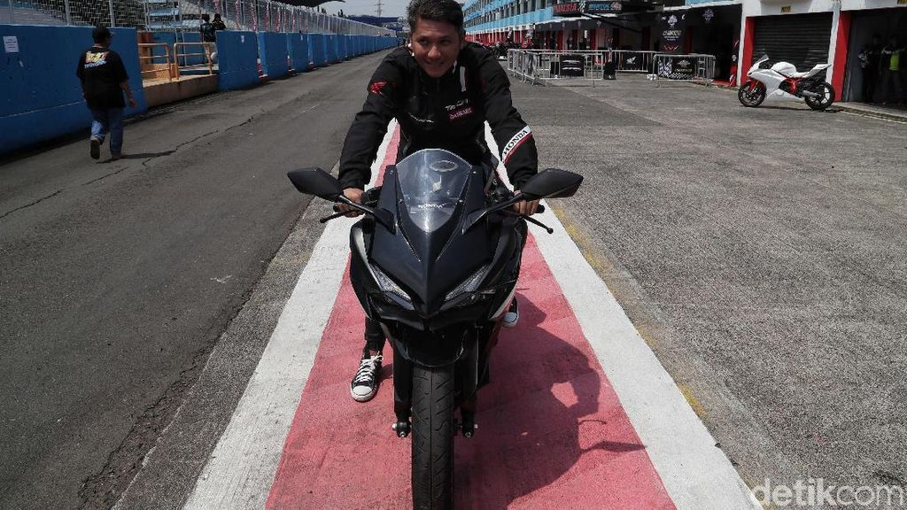 Gading Marten Bikin Indonesia CBR Race Day Makin Meriah