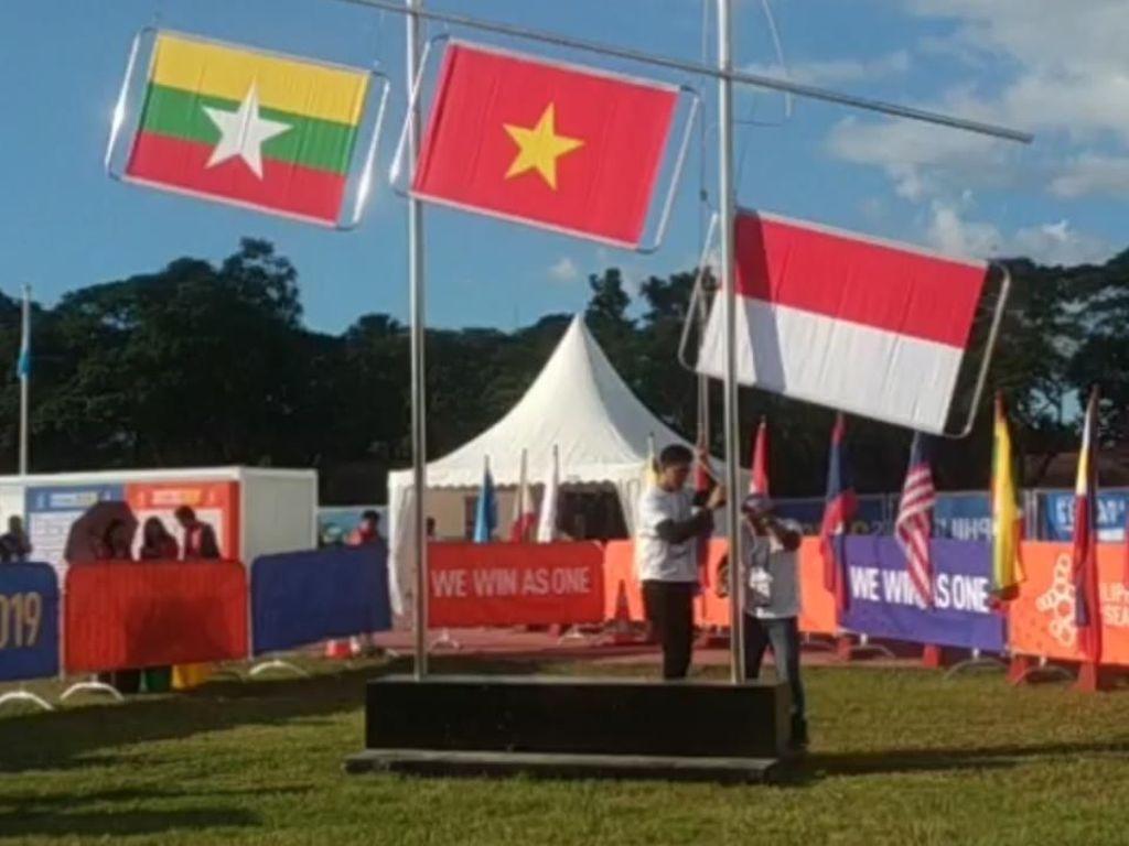 Kerekan Bendera di Panahan SEA Games Macet, Jadi Setengah Tiang