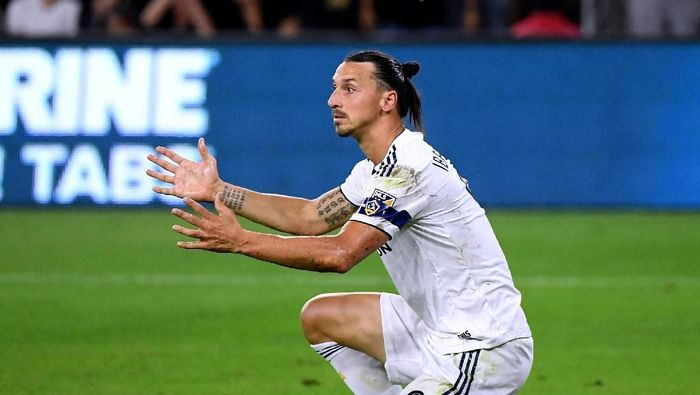 Zlatan Ibrahimovic belum tentu ke Serie A Januari nanti (Harry How/Getty Images)