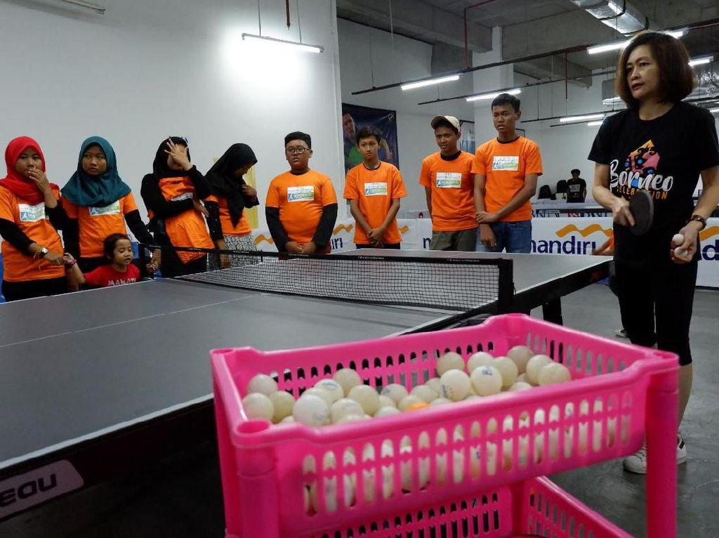 Serunya Coaching Clinic Bersama Mantan Atlet Tenis Meja