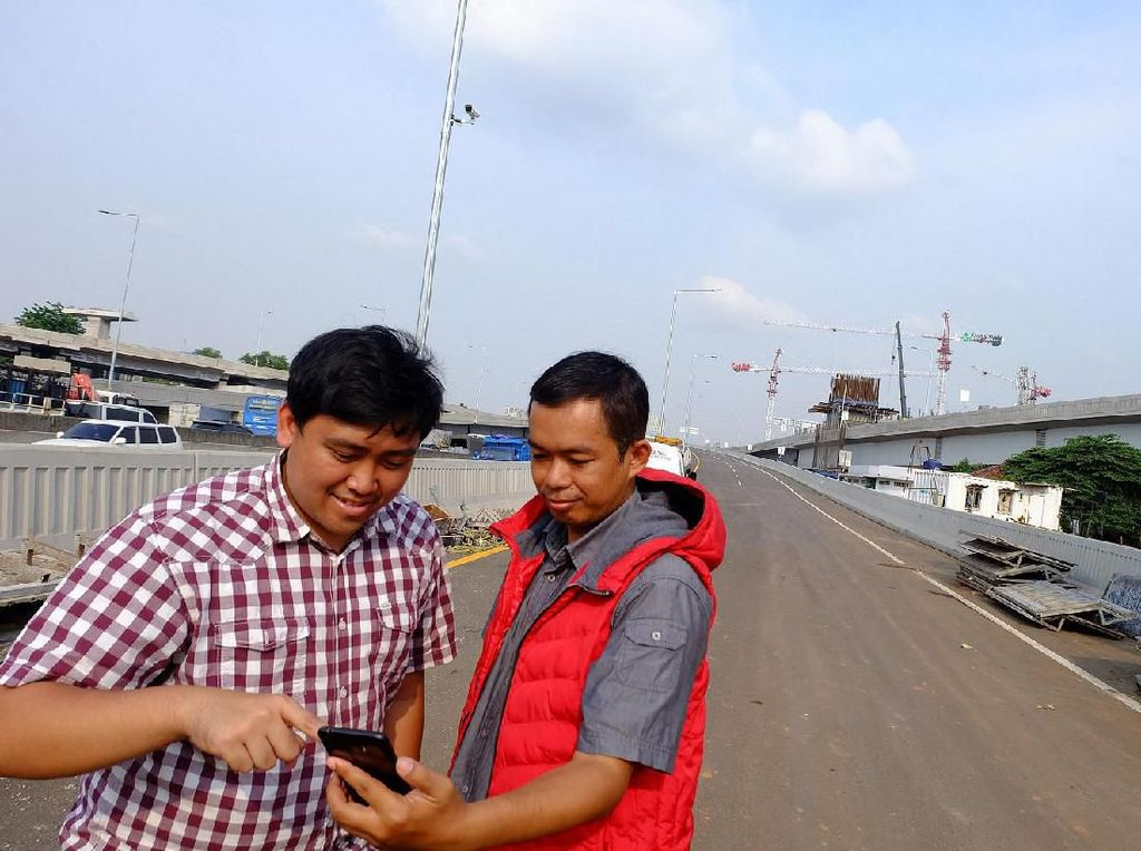 Seberapa Ngebut 4G Telkomsel di Jalan Tol Layang Jakarta-Cikampek?