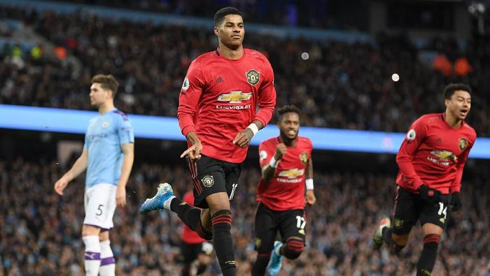 Man United Bungkam Man City
