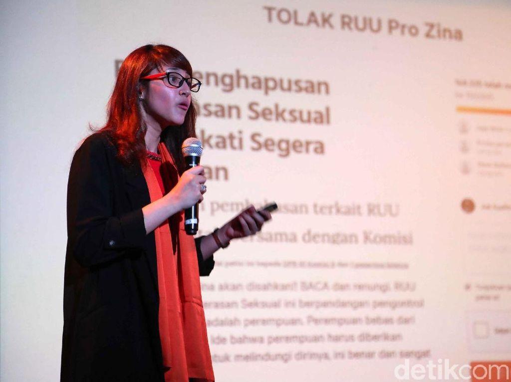 Tsamara Amany Hadiri Diskusi Peran Perempuan di Dunia Politik