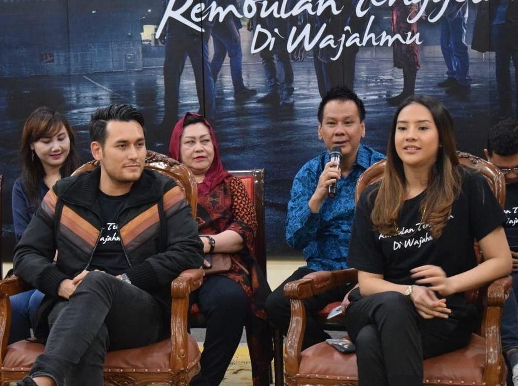Semarang Dapat Kesempatan Pertama Nonton Rembulan Tenggelam di Wajahmu