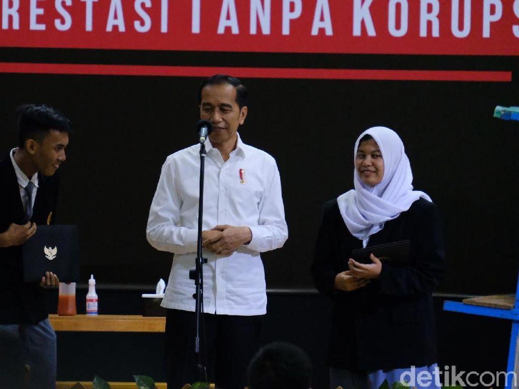 Ada Harley di Acara Hari Antikorupsi, Jokowi: Pak Erick Tertawa