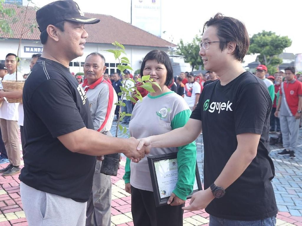 Hijaukan Kota, Pemkot Semarang Tanam Serentak 58.000 Pohon