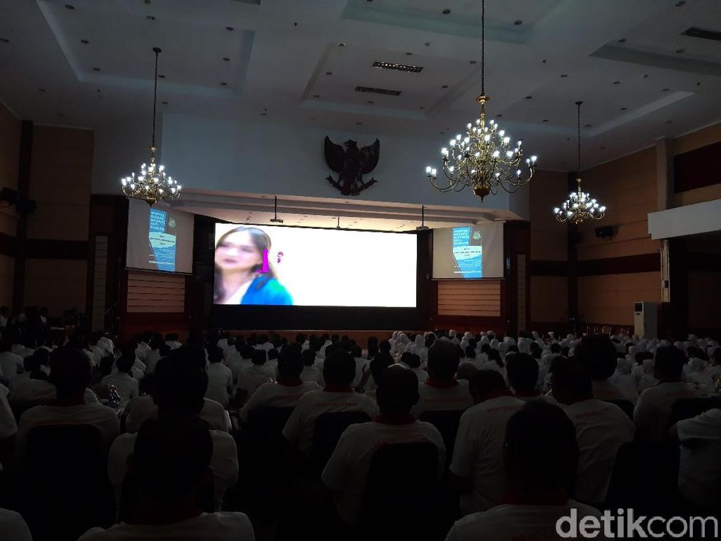 Hari Antikorupsi, Jaksa Agung Nonton Film Karya KPK Bareng Siswa SMA
