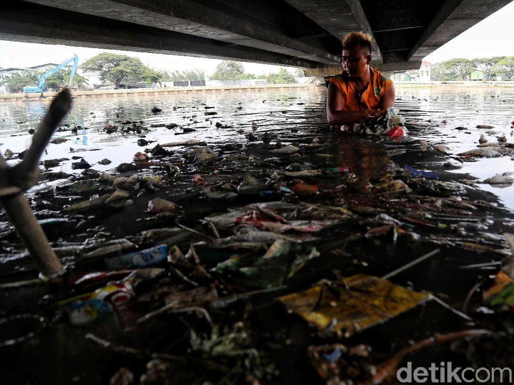 Aksi UPK Badan Air Hadapi Musim Hujan