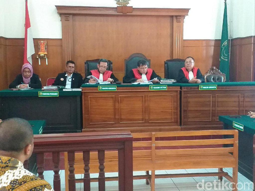 Gugatan Pencemaran Popok di Sungai Brantas Ditolak Majelis Hakim