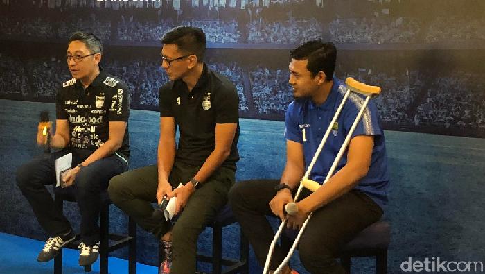 Kiper Persib Bandung Deden Natshir tak sabar segera merumput. (Foto: Mukhlis Dinilah/detikcom)