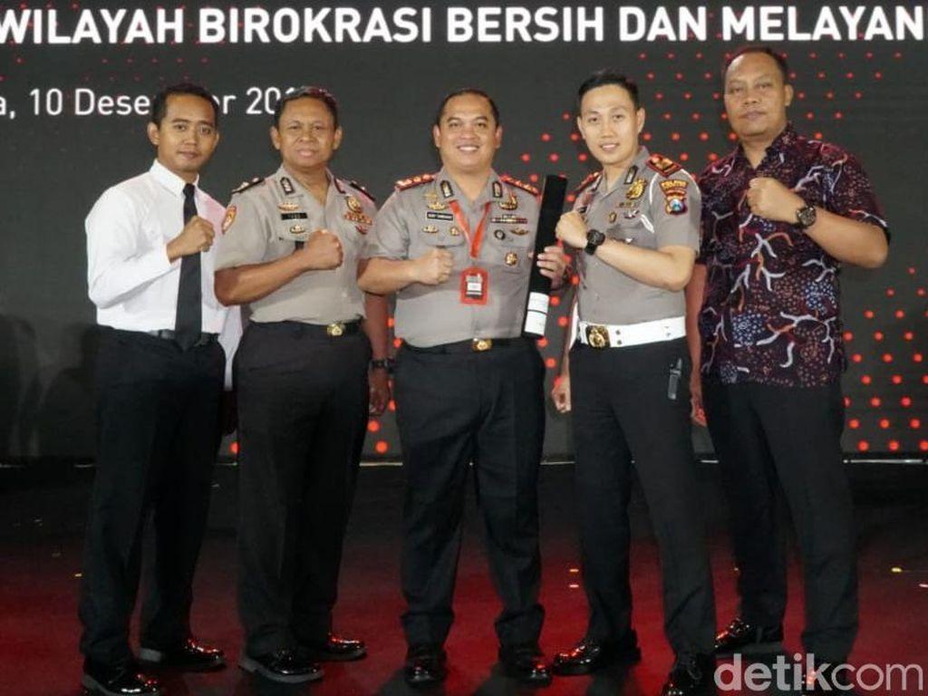 Kapolres Jombang Sabet Dua Penghargaan Sekaligus dari KemenPAN-RB