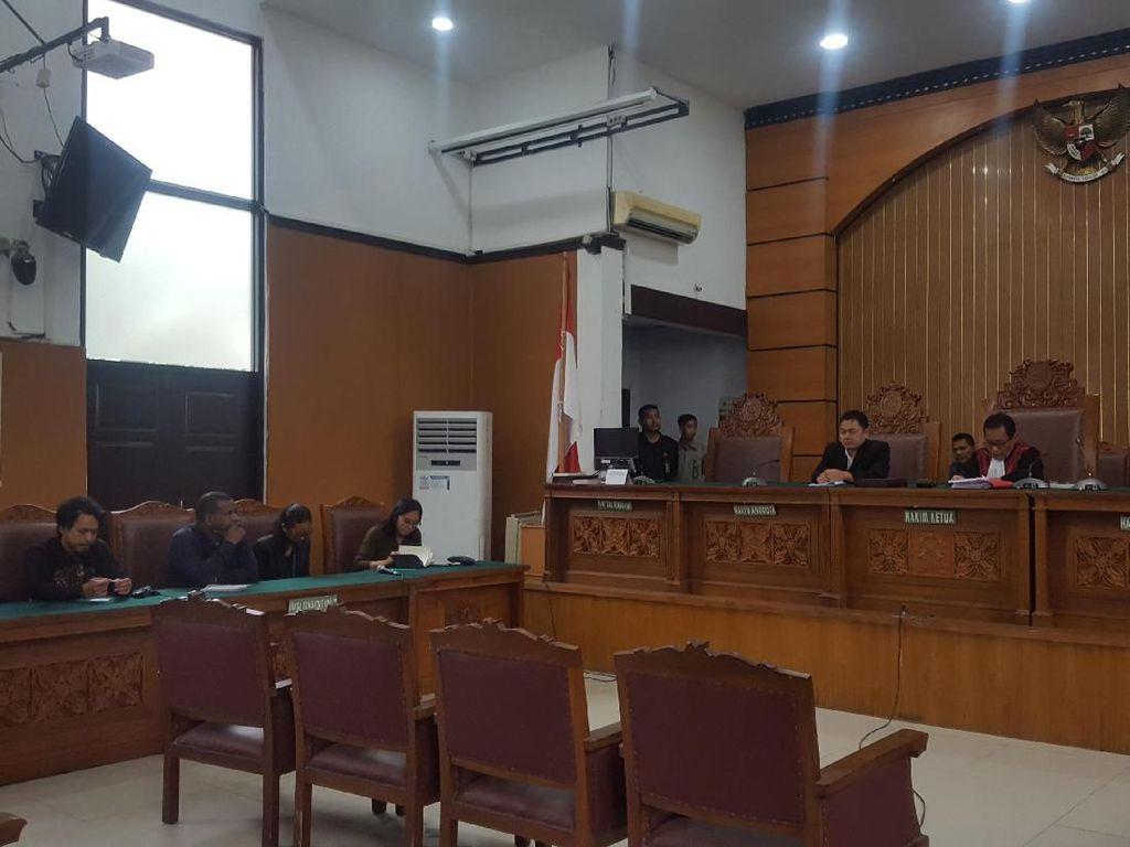 Gugatan Praperadilan Ditolak, Pengacara Pengibar Bintang Kejora: Hakim Bias!