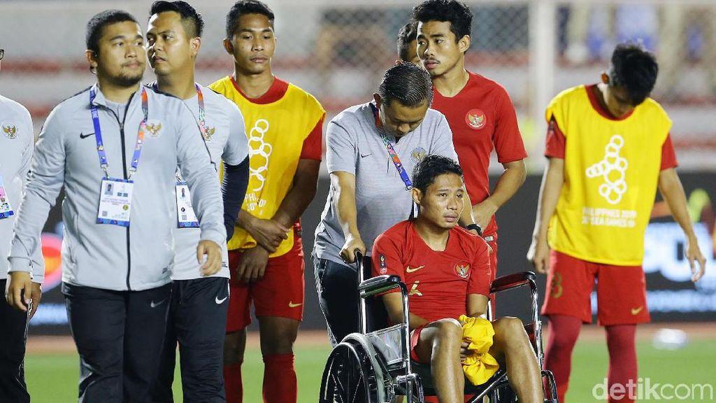 Wajah Sedih Timnas Indonesia Usai Kalah di Final SEA Games 2019