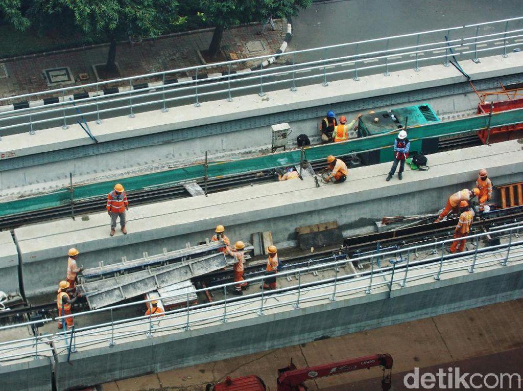 Mundur! LRT Jabodebek Kelar Desember 2021