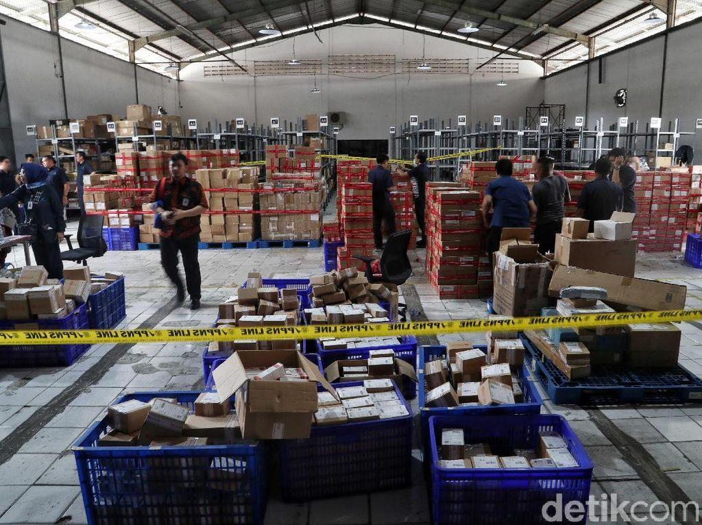 Ini Dia Gudang Obat dan Kosmetik Ilegal di Jakarta Utara