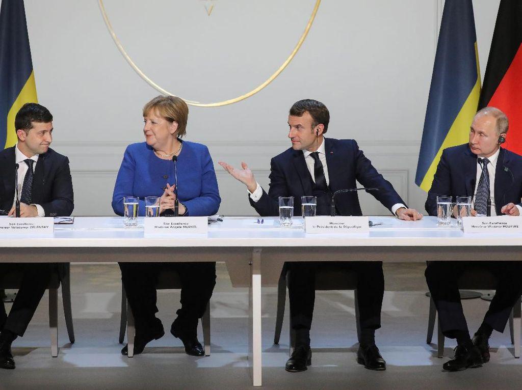 Zelensky dan Putin Sepakat Bangkitkan Upaya Damai untuk Ukraina Timur