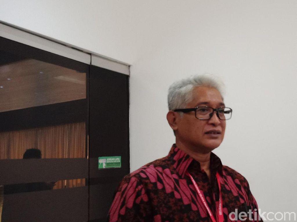Disinggung Pernah Money Politics, Calon Hakim MK Bernard Membantah
