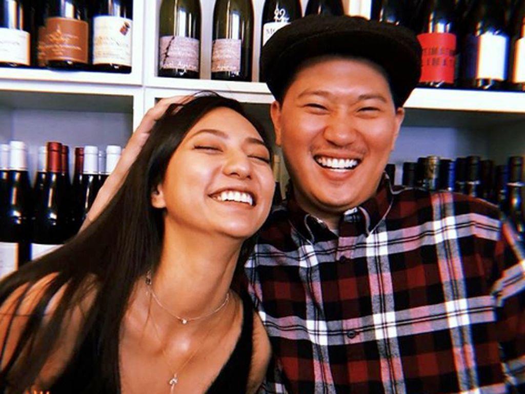 Kebahagiaan Nadia Saphira yang Resmi Nikah dengan Mikael Mirdad
