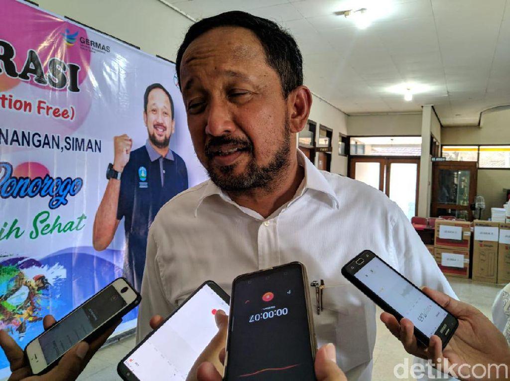 Bupati Ipong Kesal Proses Pembangunan Pasar Legi Molor